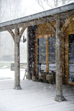 Snowy Commute | Content in a Cottage | I would like to spend one winter here