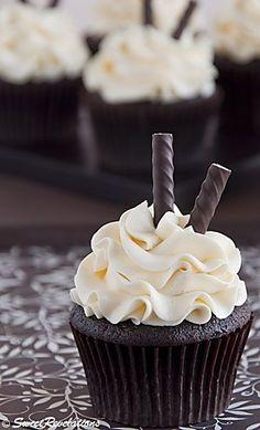 Dark Chocolate Peppermint Cupcakes