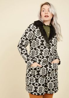 Even Sweater Than Imagined Coat. From the moment you spotted this knit coat from Steve Madden, you knew it would warm your heart. 1960s Fashion, Vintage Fashion, Vintage Style, Trench Coat Style, Cute Coats, Knitted Coat, Swing Coats, Coats For Women, High Neck Dress