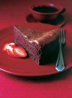 Recipe for Indulgent Chocolate Mousseline Cake
