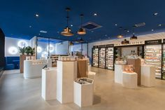 Apotheek / Pharmacy Prins Hendrik - Den Haag /The Hague interior by Technoplanni. Spa Interior Design, Commercial Interior Design, Commercial Interiors, Stand Design, Display Design, Magic Design, Boutique Decor, The Hague, Pop Up Shops