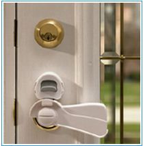 Kidco Door Knob Lock Walmart regarding sizing 2000 X 2000 Child Locks For Door Knobs - Possessing that choice is an additional gain if you discover yoursel Front Door Locks, Smart Door Locks, Door Knob Lock, Door Knobs, Door Latch, Lever Door Handles, Home Safety, Baby Safety, Kids Safety