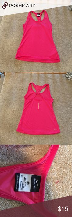 ⚡️ NWOT NIKE DRI-FIT WORKOUT TANK⚡️ NEVER WORN!! hot pink Nike workout tank! Super cute with a key hole back! Nike Tops Tank Tops