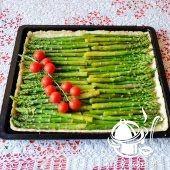 CO MI W DUSZY GRA: PASZTETOWA ZE SŁOIKA Pork Recipes, Cake Recipes, Kielbasa, Food Art, Asparagus, Food And Drink, Pizza, Menu, Vegetables