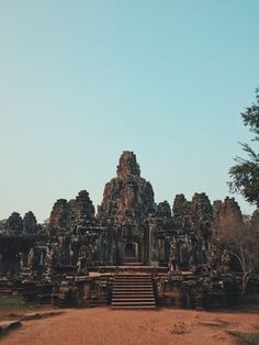 #angkorthom #angkorwat #cambodia #bayon #siemreap #vscocam   Champ McKiver   VSCO Grid