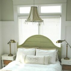 French Country Bedroom Furniture and Bedding Ideas: Bedding and Accent Pillows