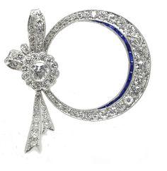 Art Deco diamond and sapphire pin. Art Deco Earrings, Art Deco Jewelry, Fine Jewelry, Jewelry Design, Art Deco Diamond, Vintage Diamond, Art Nouveau, Antique Jewelry, Vintage Jewelry