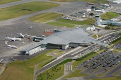 Brest Airport terminal (France) by Christian Weinmann & Denis Dietschy - Drlw architectes #airport #france #Brest #zinc #architecture #vmzinc #QuartzZincPlus #roofing