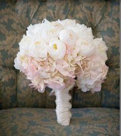 Ramo de novia - blanco con rosa