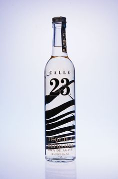Calle 23 Tequila Reposado.  Hecho en Mexico maar verkrijgbaar bij Drankenwereld.be
