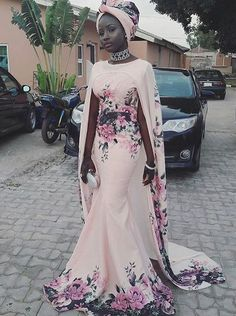 Munaluchi Bride - How stunning is this gown! African Attire, African Wear, African Fashion Dresses, African Dress, African Style, African Design, Dress Fashion, Black Women Fashion, Look Fashion