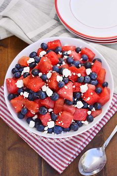Watermelon, Feta and Blueberry Salad is salty, sweet and an easy summer side dish that's perfect for the of July or any patriotic holiday! Salad Recipes For Dinner, Easy Salad Recipes, Pork Recipes, Keto Recipes, Healthy Recipes, Summer Side Dishes, Side Dishes Easy, Side Dish Recipes, Bbq Appetizers