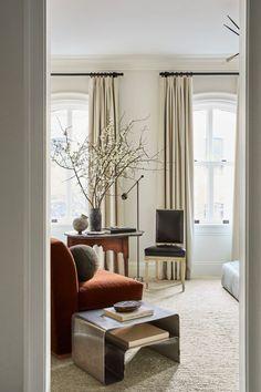 Nate Berkus's and Jeremiah Brent's New Home in New York | La Dolce Vita | Bloglovin' Nate Berkus, Living Room Sofa, Living Room Decor, Living Spaces, Bedroom Decor, Master Bedroom, Serene Bedroom, Bedroom Seating, Architectural Digest