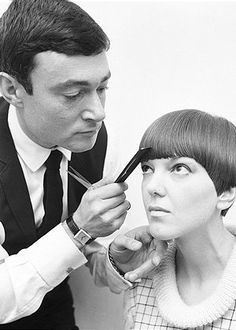 Sassoon with mary quant 1964:::