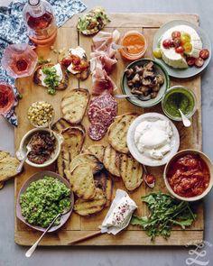 Gentlemen. Society — lavishlawyer: Bon appetit !