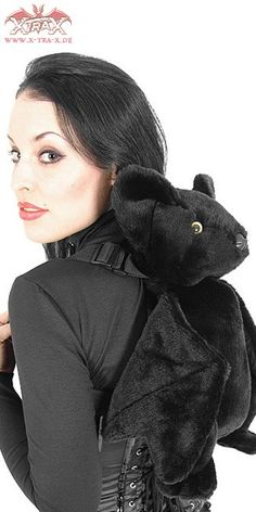 x-tra-x web site, mailorder in Germany, Gothic Store. Bat Backpack.