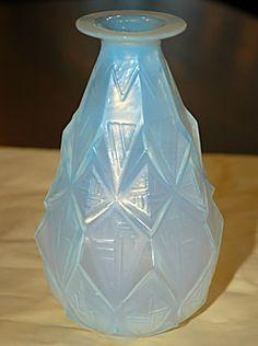 Sabino Opalescent Vase with Big Lip