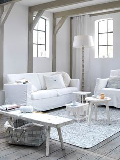White interior design for a living room Living Room White, White Rooms, Cozy Living, Home Living Room, White Walls, Small Living, Modern Living, Living Area, Cottage Shabby Chic