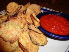 Baked Zucchini Chips~ easy recipe; seasoned breadcrumbs, fresh parmesan, garlic powder and some seasoning salt