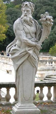 Divinité à la corne d'abondance, Nîmes