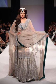 Eastern Female: Hina Khan Collection, Emerals