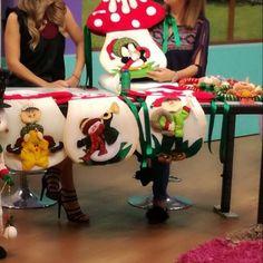 - Her Crochet Diy Felt Christmas Tree, Christmas Signs Wood, Christmas Snowman, Christmas And New Year, Christmas Crafts, Merry Christmas, Christmas Ornaments, Christmas Stuff, Christmas Stairs Decorations