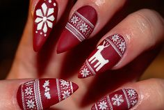 Want them for Xmas :O so pretty 45+ Fearless Stiletto Nails | Cuded