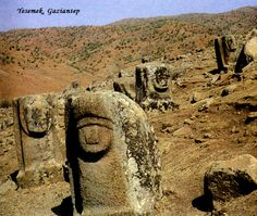 TARİH VE ARKEOLOJİ: DİYARBAKIR SURLARI VE HURRİLER Eurasian Steppe, Blue Green Eyes, The Turk, Prehistory, Ancient Art, Archaeology, Architecture, World, Stone
