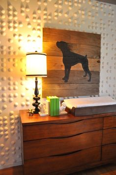 Plank Wood Art Tutorial. Super easy and inexpensive way to add BIG art to your wall. All the instructions and list of supplies too! #DIY #Silhouette #Pet