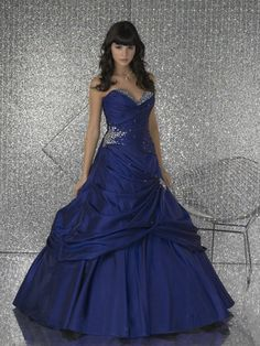 Google Image Result for http://celebritysuits.com/product_images/m/680/prom07__91501_zoom.jpg