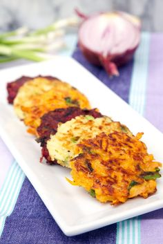 new favorite way to eat root vegetables is in pancake form. I know fall is here when I start craving root veggies. These little pancakes hit the spot. I used yams, celery root and parsnip, and b. Vegetable Recipes, Vegetarian Recipes, Cooking Recipes, Healthy Recipes, Vegetable Pancakes, Potato Pancakes, Fingers Food, Pulp Recipe, Root Vegetables