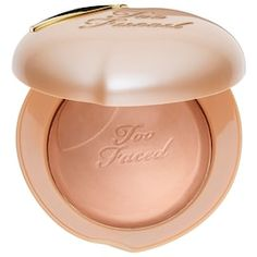 Shop Too Faced's Peach Frost Melting Powder Highlighter – Peaches and Cream Collection at Sephora. A revolutionary powder highlighter infused with a peaches and sweet fig cream scent. Faces Cosmetics, Too Faced Cosmetics, Highlighter Makeup, Skin Makeup, Highlighters, Beauty Makeup, Too Faced Peach, Long Wear Lipstick, Face Powder