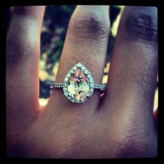 Minus Pear shaped, skinny band, but like the champagne colored diamond! Champagne Diamond, Champagne Color, Hello Hair, Dream Ring, Here Comes The Bride, Dream Wedding, Wedding Stuff, Colored Diamonds, Beautiful Rings