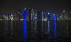 Skyline bei Nacht, Doha, Katar, Qatar | Skyline at night, Doha, Qatar