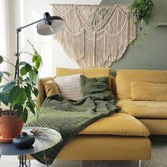 Pretty Yellow Sofa Design Ideas For Living Room Decor Sage Living Room, Mustard Living Rooms, Boho Living Room, Living Room Sofa, Living Room Decor, Yellow Sofa Design, Yellow Couch, Green Rooms, Bedroom Green