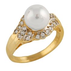 10K Gold Ring with 6-7mm White freshwater pearl and 0.24CT diamonds.