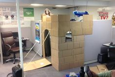 No cubicle will ever be as cool. Someone Turned Their Cubicle Into An An Office Castle And It Is Amazing