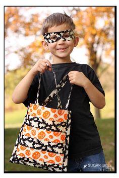 DIY Duck Tape Halloween Bag