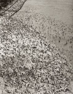 The Huntington exhibition Oct 17, 2015 - Apr 05, 2016 A World of Strangers: Crowds in American Art : Torkel Korling, Crowded Beach, 1929, gelatin silver print, 13 7/16 × 10 7/16.