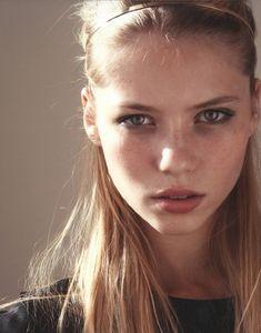 cute #blonde girl, #hairstyle
