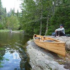 Canoe Boat, Canoe Camping, Canoe Plans, Free Boat Plans, Diy Boat, Wooden Boats, Boat Building, Water Sports