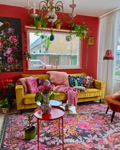 Beautiful red living room design ideas to consider 00001 ~ Home Decoration Inspiration Bohemian Living Rooms, Eclectic Living Room, Boho Living Room, Eclectic Decor, Living Room Designs, Modern Decor, Bohemian Apartment, Living Area, Bohemian Style Home