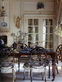 The Enchanted Home: Designer spotlight: Cathy Kincaid...and we have a winner!!