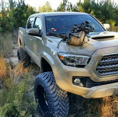 Bow hunting in a Taco