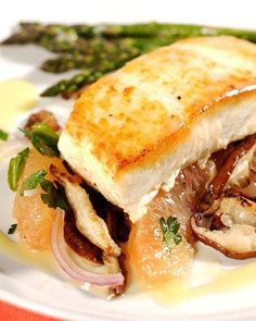 Halibut with Grapefruit, Parsley, Red Onion, and Shiitake Mushrooms Recipe