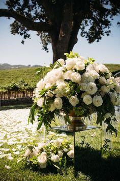 Wedding ceremony idea; Photo:  Viera Photographics