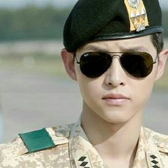 Song Joong Ki, descendants of the sun Asian Actors, Korean Actors, Korean Dramas, Korean Idols, Song Joong Ki Birthday, Soon Joong Ki, Decendants Of The Sun, Les Descendants, Sun Song