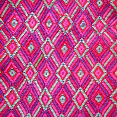 Rosa mexicano, elemento de identidad. | Bossa Mexican Crafts, Mexican Art, Mexican Style, Art Textile, Textile Patterns, Print Patterns, Mexican Textiles, Mexican Embroidery, Indian Rugs