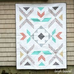 Pebble Spark By Karin Jordan In Love Patchwork Quilting Issue Contemporary Patchwork Quilt Designs Modern Quilt Designs Patterns Modern Log Cabin Quilt Block Pattern Quilts Contemporary Quilt Designs