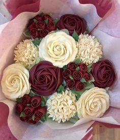 Cupcakes Design, Floral Cupcakes, Cake Designs, Pink Cupcakes, Mini Cakes, Cupcake Cakes, Cupcake Toppers, Cupcake Flower Bouquets, Buttercream Cupcakes